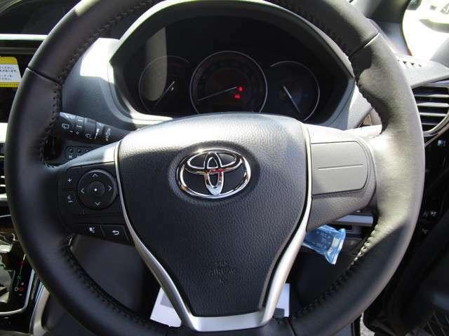 軽自動車、中古車、登録(届出)済未使用車各種オールメーカー取扱い!!在庫150台!!!最大120回ローンも可能です!是非、車のご購入をお考えなら、ご相談下さい♪♪