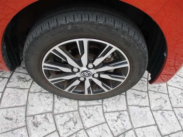 タイヤもご成約時に交換します。