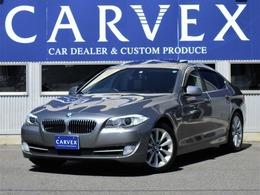 BMW 5シリーズ 535i 直列6気筒ターボ 黒革 TV