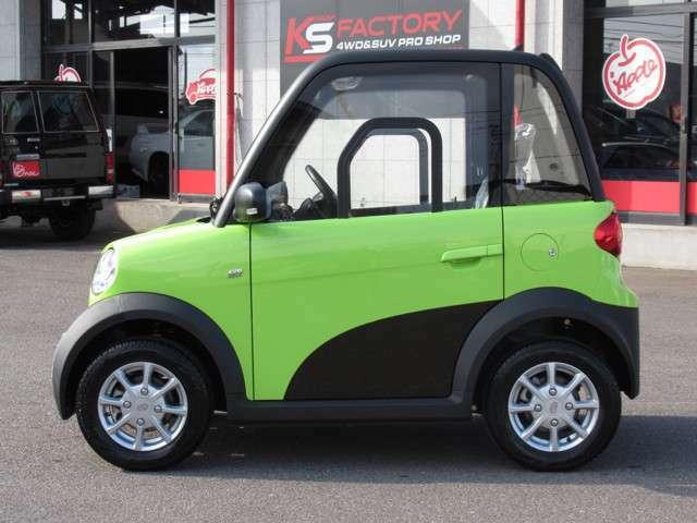 100%電気の力で動きますので経済的です!リチウムバッテリーは走行120KM走行可!充電時間は平均で約6時間程度で済みます!フル充電に掛かる電気代は約150円!