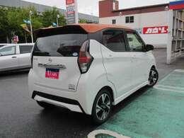 日本全国への登録・納車も承ります♪(別途陸送費用等が掛かります。)新車保証を継承致します♪(新車登録時より一般保証=3年以内6万キロ、特別保証=5年以内10万キロ)