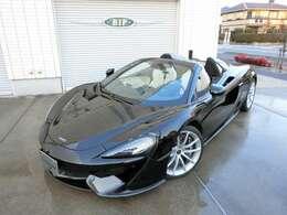 メーカーオプション379万円分が装着された車両です。オプション明細あります
