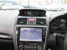純正8型SDナビ付き♪ ガイド線付バックカメラで駐車も安心ですね♪ 広角のカメラで駐車も安心です♪