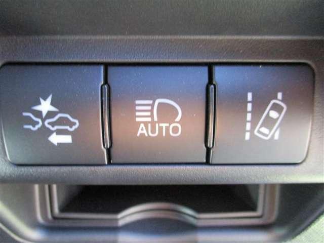 <セーフティセンス> 運転中のさまざまなシーンでドライバーを支援してくれます。