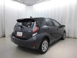 1ケ月後に初回1ケ月点検があります。 (全国オールトヨタのディーラーにてご入庫可能でございます) 買って安心・乗って安心トヨタのU-CARです