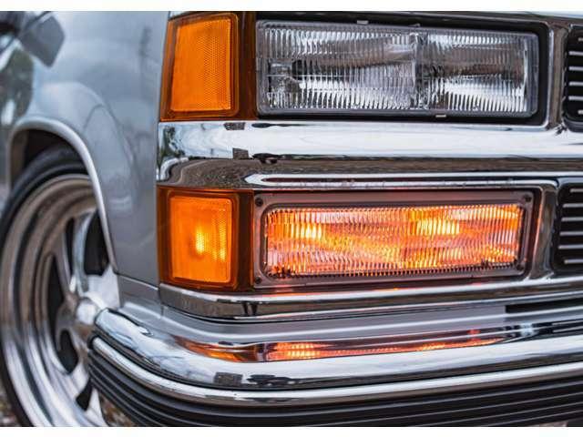 ヘッドライト・パークシグナルレンズ・コーナーレンズは新品に取替致しました。