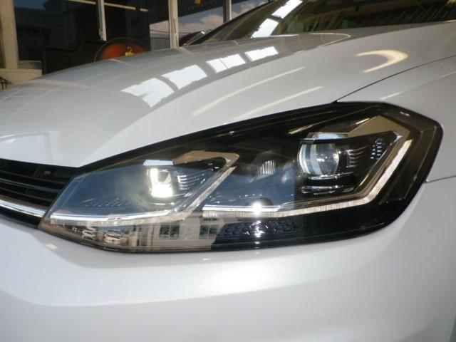 少ない消費電力でクリアな視界を確保するLEDヘッドライトです!
