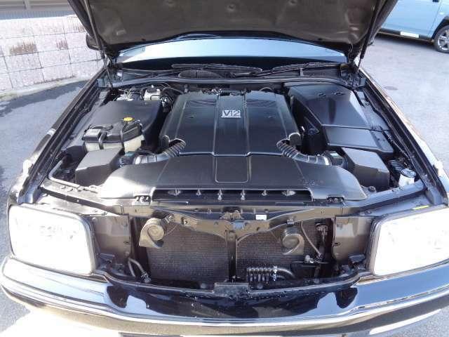 V12 5000ccエンジン搭載