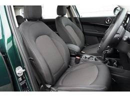 新車BMW&MINIショールームが併設しています。ネスプレッソカフェ、キッズスペースもあり、ごゆっくりとお車をご覧いただけます。 MINI NEXT東京ベイ03-3599-3740