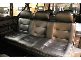 セカンドシートはホールド感のあるシートを採用!ゆったりとお座りいただけます★