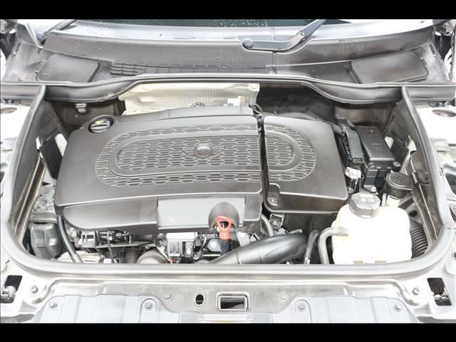 更新型の保証「MINISワランティ-」。最大10年、10万キロまで更新可能です。保証項目は最大345項目!!輸入車ならではの「消耗部品」も含まれております。