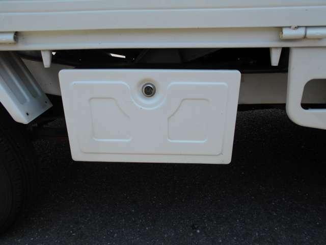 カギ付きの収納ボックスが付いて便利です。