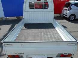納車後のメンテナンスや保証対応などは全国の日産で対応可能です。