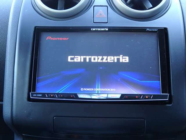 ドライブには必需品!!社外HDDナビ付きです!フルセグTVも視聴可能です!!