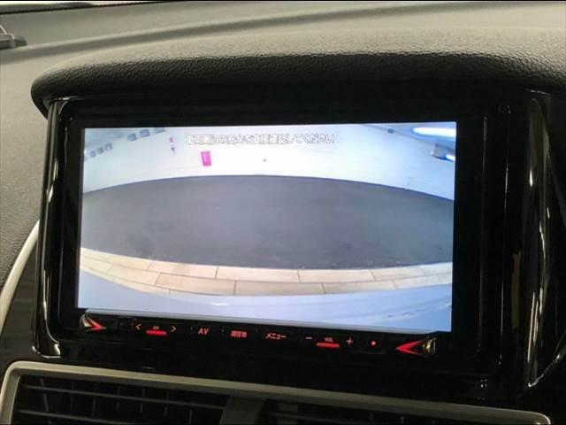 純正SDナビを装備でロングドライブも快適です。フルセグTV視聴可能!バックカメラも搭載☆彡