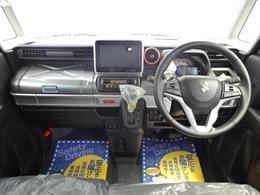 エンジン・ミッション・AC等の主要機関から車内の快適装備、オイル等の消耗品に至るまで、国家整備士が点検整備を行います。又、外装の目立つキズに関しましても納車までに板金修理を無料サービスさせて頂きます!