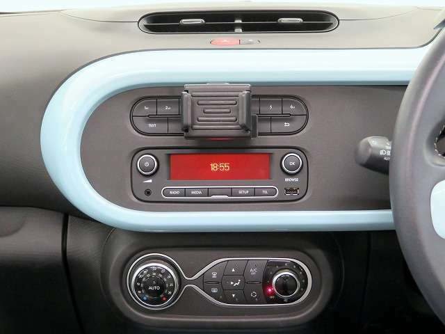 ■USBオーディオ(AM・FMラジオ付き)/AUX/スマートフォンクレドール/フルオートエアコン!