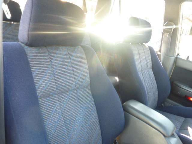 シート運転席綺麗です。