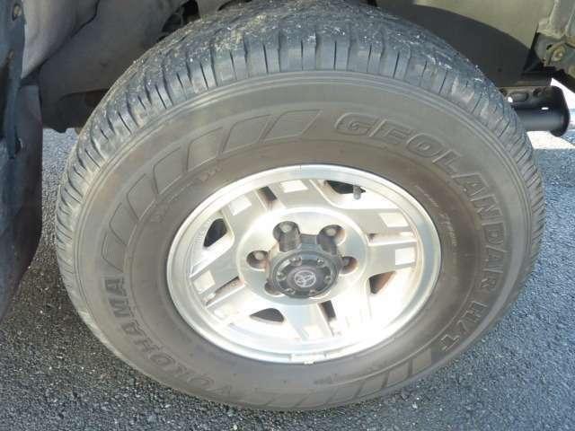 タイヤ溝もまだ大丈夫です。