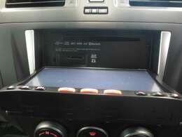 CD、SDカード挿入口です。