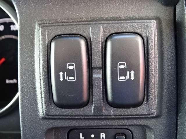 【両側電動スライドドア】ミニバン人気オプション!左右どちらのスライドもワンタッチで自動開閉します!!快適なドライブをお楽しみください!
