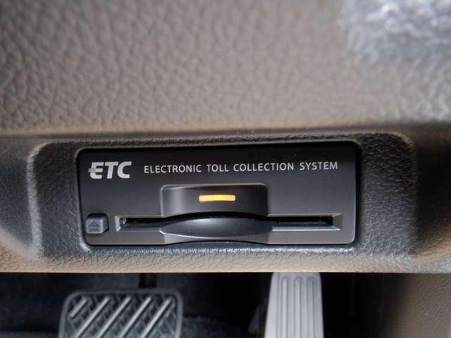 ETCなら高速道路をスイスイと通過!!クルマは料金所をノンストップで通過することができます!ETC割引有りの有料道路もあり経済的にもお得です♪