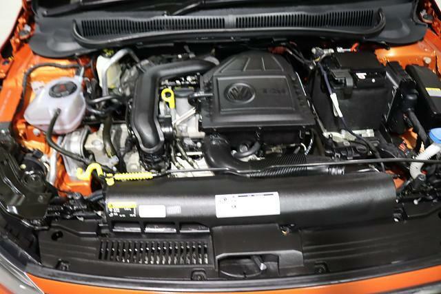 総排気量990cc。コンパクトでハイパワーのターボガソリンエンジン。荷物を積んでも快適に走ります。