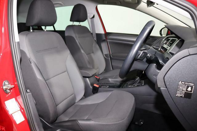高級感があり、ロングドライブでも快適なフォルクスワーゲン独自のシート。