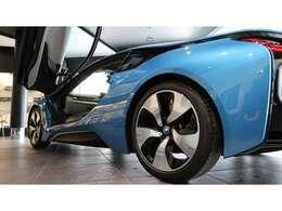 また、低走行で上質な車両も徐々に少なくなっていくかと思いますので、i8を御検討されているお客様は今がチャンスかと思います。
