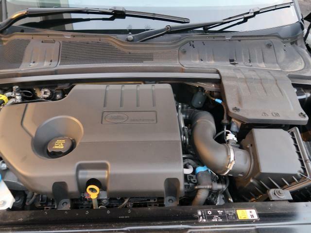 2Lディーゼルターボエンジン搭載!180ps/430N・m!低回転から力強いトルクを発生し発進や加速、追い越しもスムーズに。多段階9ATがエンジンの力を効率的に伝達!快適なドライブをお楽しみください♪
