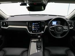 2019年モデル、オスミウムグレーメタリックのV60クロスカントリーT5AWDプロをご紹介!ヘッドアップディスプレイ装備!安全装備はもちろん、ベンチレーションやシートヒーターなど快適装備充実!