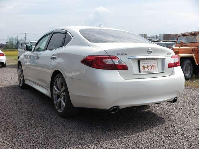写真だけではこの車の良さは伝わらないかもしれませんので、是非一度現車確認にお越し下さい。