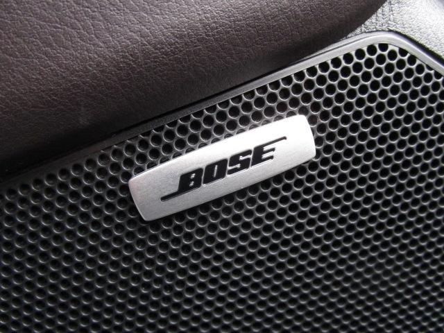 BOSE社との共同開発により室内空間に最適な音響チューニングを施し、クリアで臨場感のあるダイナミックサウンドをお楽しみいただけます。