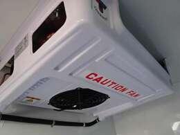 冷凍機は、-25℃設定強温冷凍のサーマルマスター社製!2コンプレッサーで庫内の冷却が早く車内エアコンも快適利用可能です!エバポレーターが薄型で庫内が広く使えま