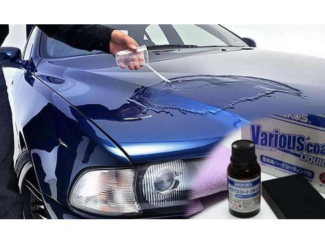 Aプラン画像:高級自動車コーティング剤として一般に出回ることの少ないシラン化合物を主とした1液性のコーティング剤で、空気に触れてガラス皮膜を形成します。深い艶と滑水性を重視。深い艶と滑水性を重視。