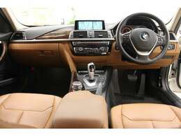 BMW 3シリーズセダンのご紹介です。