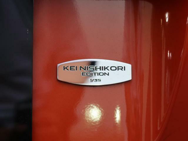 全国35台の限定車!「KEI NISHIKORI EDITION」です!オレンジのボディにブラックパック、カーボンファイバーホイール、レッドキャリパー!こだわりたっぷり!目を惹く特別な1台です♪