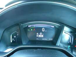 ★走行距離は20000km代でコンディションも良く平均燃費や航続可能距離の表示もされますので便利です♪ポイント5鈴鹿店では走行管理システムを採用しておりますのでメーター改ざん車など一切ございません♪