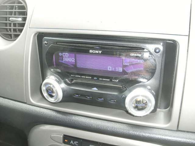 ドライブ楽しい社外CD&MDステレオ!ナビなどの取付けも格安で受け承りますのでお気軽にご相談下さい!!
