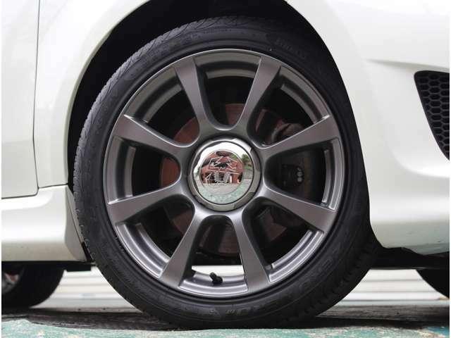 純正16インチアルミ装着!タイヤは2021年製を装着しています!