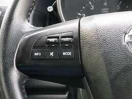 UVカットグリーンガラスや防眩式ルームミラー、運転席&助手席バニティーミラー、チルト・テレスコピックステアリング、シートリフター、アームレスト[格納タイプ]など快適装備も充実しております!!