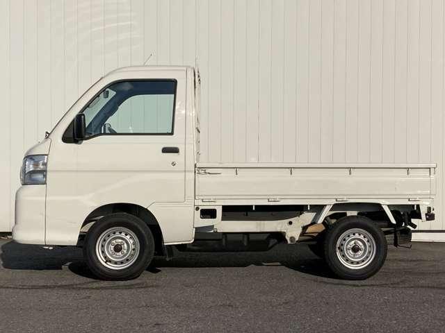県内最大級!!!展示台数300台以上!!!ガリバーG-Selection岩槻ヤード店!!!展示車両は入庫検査時に全台 除菌作業をしております。