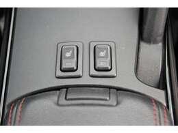 フロント左右シートヒーター装備☆運転席は電動シートとなっております♪