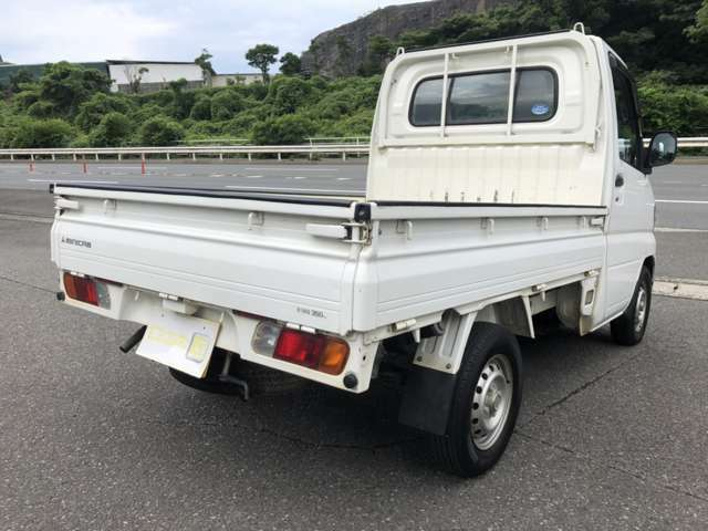日本自動車鑑定協会(JAAA)で行われる「走行メーター管理システム」にて走行距離の改ざんの無いことが確認されております。