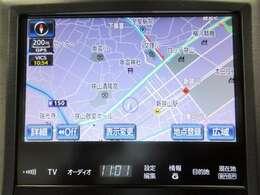 純正のHDDナビ搭載です。音楽も録音できますし、初めての場所でも安心ですね。地図データの更新もご相談ください