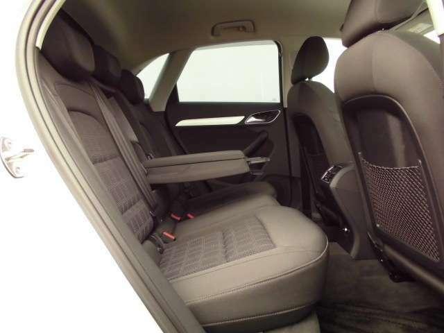 お車の詳細は、無料ダイヤル0066-9711-024486、もしくは通常ダイヤル055-260-6650アウディ山梨丸山までお問い合わせください。