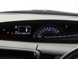 センターメーター見やすいです先進ライトLEDヘッドライト装着車です