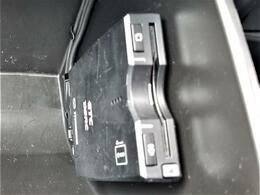 衝突軽減ブレーキ/ナビ/フルセグTV/バックカメラ/BOSEサウンドシステム/サンルーフ/ハーフレザーシート/シートヒーター/運転席パワーシート/ヘッドアップディスプレイ/ETC/プッシュスタート/スマートキー