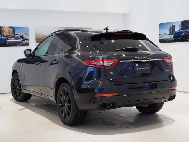 Levante Diesel Final Edition 275馬力(カタログ値)純正OP総額 1,345,000円限定19インチブラックゼフィーロホイール・ネリッシモパック・LEDヘッドライト