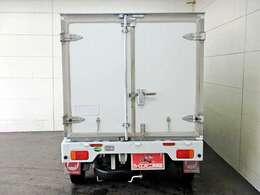 荷台内寸 長さ173cm×幅130cm×高さ109cmの広~い積載空間を実現☆
